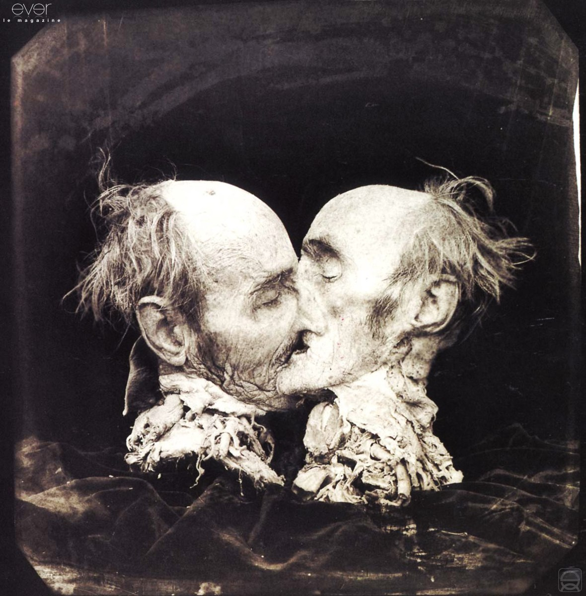 the-kiss-le-baiser-new-mexico-joel-peter-witkin