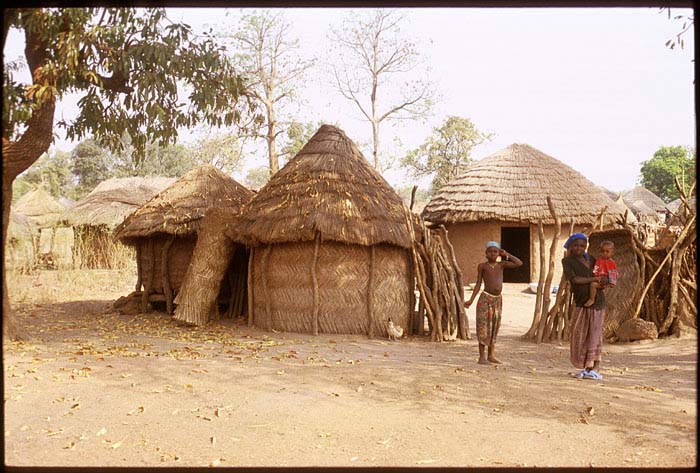 0680Ghana-village-2006