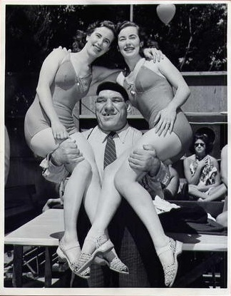 Maurice with Two Gals
