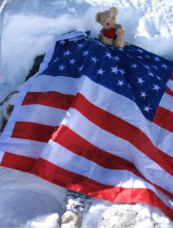 Dead-bodies-on-Mount-Everest_12