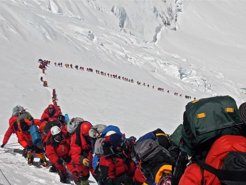 Dead-bodies-on-Mount-Everest_15