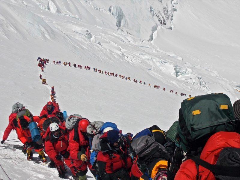 Dead-bodies-on-Mount-Everest_15