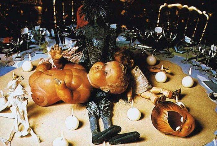 surrealist-table