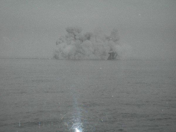 FOTO-1-LIsola-delle-Rose-fu-fatta-esplodere-il-13-febbraio-1969