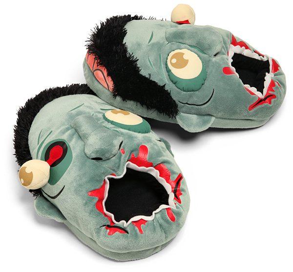 ea01_plush_zombie_slippers