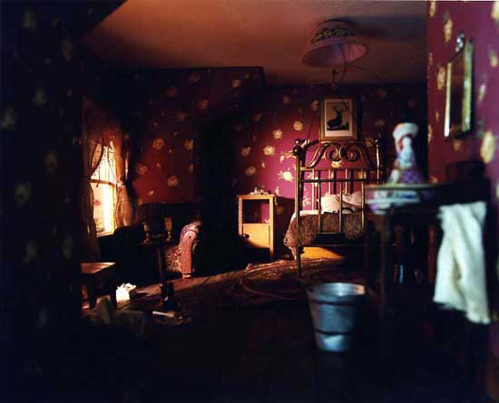 Red-Bedroom